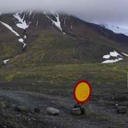 Iceland scales back aviation alert, no ash from new eruption
