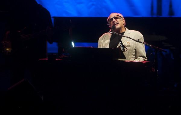 Steely Dan's Donald Fagen performs at the Darling's Waterfront Pavilion on Friday.