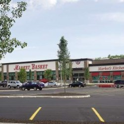 Maine's only Market Basket store to lay off 300 workers amid leadership protests