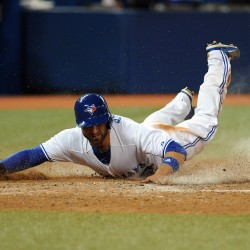 Blue Jays roar past slumbering Sox