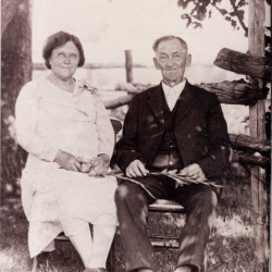 Charles Loring and Effie Etta (Estes) and Charles Loring Dickey in 1931 at their 50th anniversary reunion.