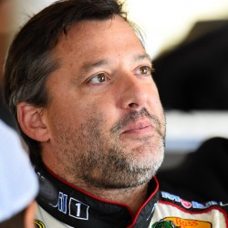 Stewart returns to racing after coping with fatal accident