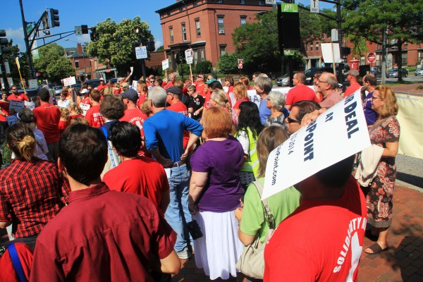 Several hundred FairPoint Communications workers held a demonstration Monday in Longfellow Square, demanding for the company to return to bargaining after the declaration of an impasse in talks last week.