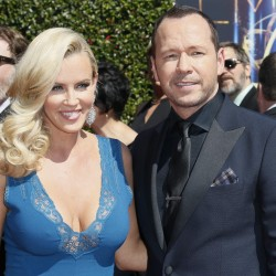 Jenny McCarthy announces split with Brian Urlacher