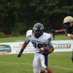 UMaine football adjusts, beats Bryant to go 3-0
