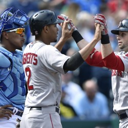 Nava's home run helps Boston finish strong