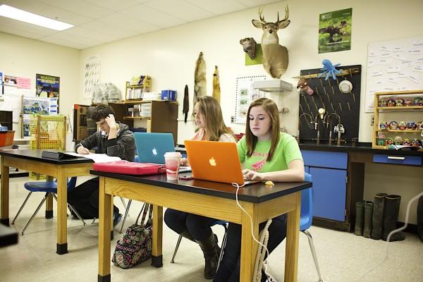 Project Launch helps keep Deer IsleStonington students in college