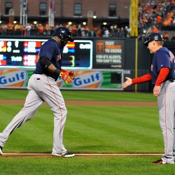 Ortiz hits two home runs in Boston's 10-7 win over Astros