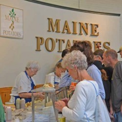 Maine vendors eat up exposure at New England-wide Big E exposition