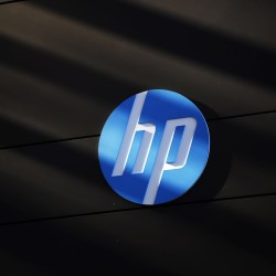 Hewlett-Packard to combine PC, printing businesses