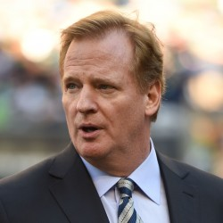 NFL owners vote for tentative deal