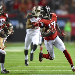 Falcons silence doubters with 34-0 rout of Giants