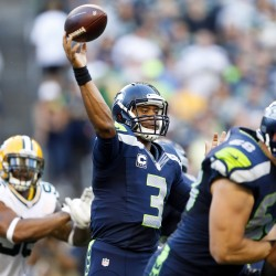 Seahawks stun Packers on controversial final play 14-12