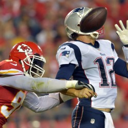 Chiefs' Brady Quinn shines in time of trouble