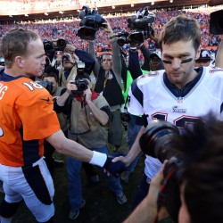Eli, Peyton jerseys plentiful at Super Bowl