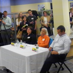 Big Wigs & Audience Listen to Pitch at 9/23/2014 Big Gig in UCU Lobby, Orono