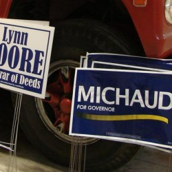 Maine towns agree not to enforce limits on political signs on private property