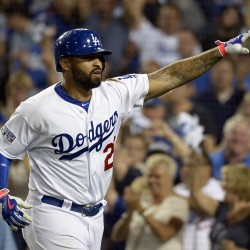 Cardinals edge Dodgers to take 3-1 edge in series