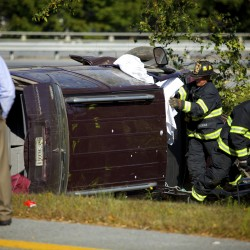 Bangor woman loses control of vehicle on interstate, drives into median