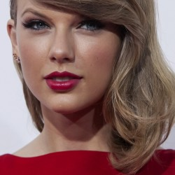 Country star Taylor Swift returning to Maine for video debut
