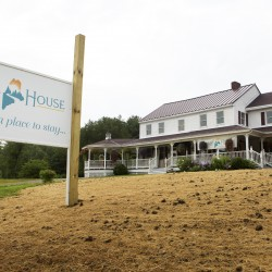 Sarah's House: Holden hospitality house for cancer patients on track to open in late summer