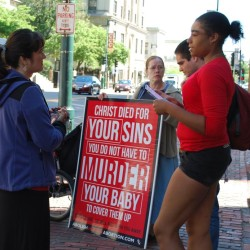Lawyer argues Portland's abortion clinic buffer zone results in 'viewpoint discrimination'