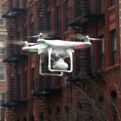 U.S. considers allowing film, TV producers to use drones