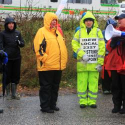 FairPoint, union still 'far apart' as contract expires