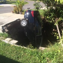 Guests saved as Florida resort building falls into sinkhole