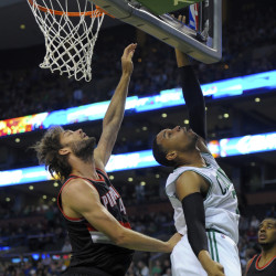 Celtics hold off Blazers' charge