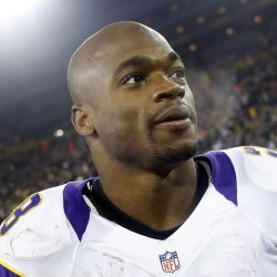 Football MVP Adrian Peterson's 2-year-old son dies after apparent abuse