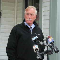 Angus King casts deciding vote as Keystone XL pipeline bill dies in Senate