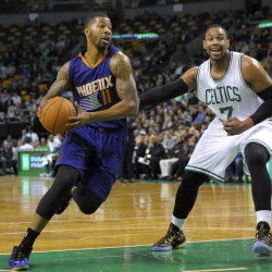 Strong bench play gives Celtics win over Suns