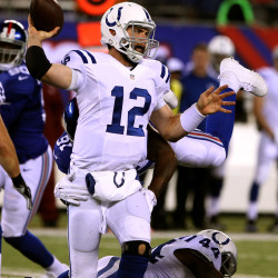 Colts' Manning says pressure isn't getting to him