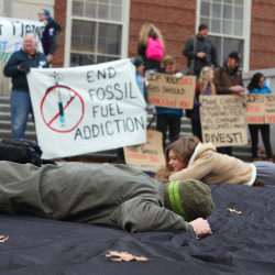 Fossil fuel divestment a smart move for Maine universities — financially and ecologically