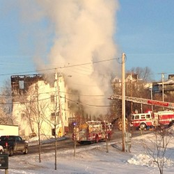 Multiple fire departments douse Old Town blaze quickly