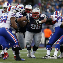 Patriots dump Bills, seal AFC's No. 2 seed
