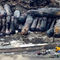 Report: Oil in Quebec train explosion mislabeled, was 'violently' explosive