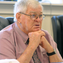 Penobscot County Commission tells sheriff to maintain status quo despite $341,000 shortfall