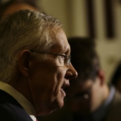 Senate reaches deal on Obama nominees, filibusters