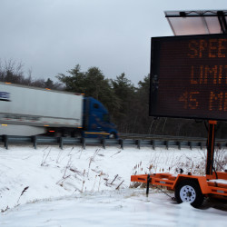 Nor'easter knocks out power to thousands in Maine