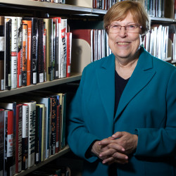 Longtime Calais librarian to retire