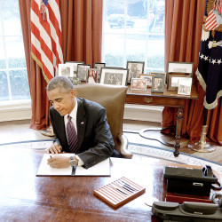 Obama seeks tax reform, paring corporate tax breaks