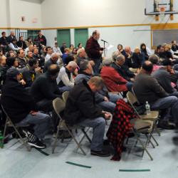 Eddington quarry hearing draws crowd