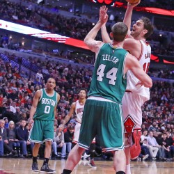 Deng scores 25 points as Bulls beat Celtics 96-83