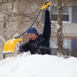 State can expect at least a foot of snow as storm moves across Maine