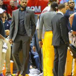 LeBron not ruling out return to Cavaliers