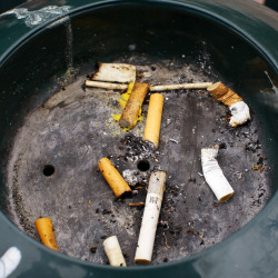 Maine gets mixed grades for anti-smoking efforts