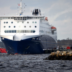 Ferry service from Portland to Canada called unlikely