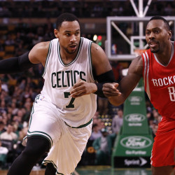 Rockets trade guard Courtney Lee to Boston for draft pick, 3 players